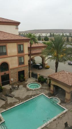 Holiday Inn Express & Suites Ontario Airport: View from room