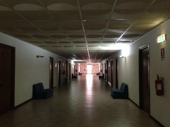 Hotel La Meridienne: il corridoio