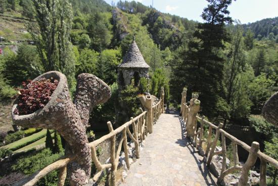 Jardins Artigas: gaudi artigas gardens