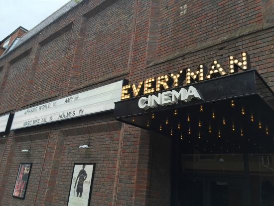 ‪Everyman Cinema Reigate‬