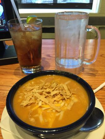 Chili's Grill & Bar: Chicken enchilada soup
