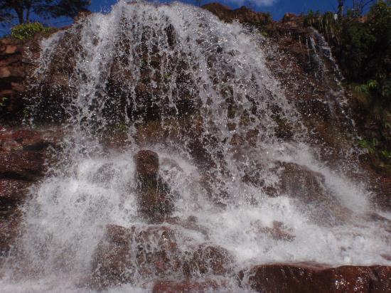 Brazlandia, DF: Cachoeira mumunhas, a primeira da trilha