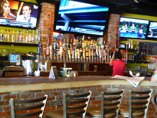 Jeffersonville, IN: Lots of beer options.