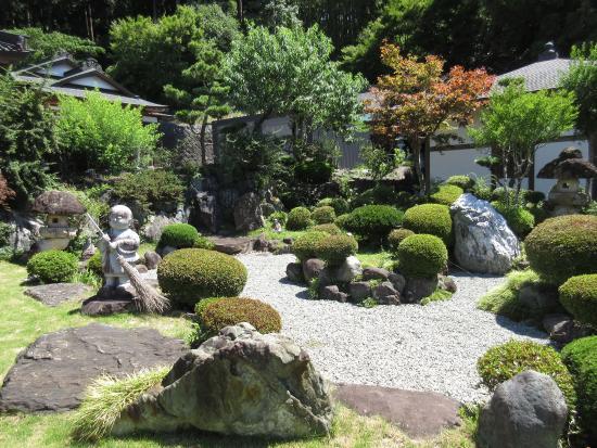 Kongo-ji Temple: 見てるだけで癒される庭園