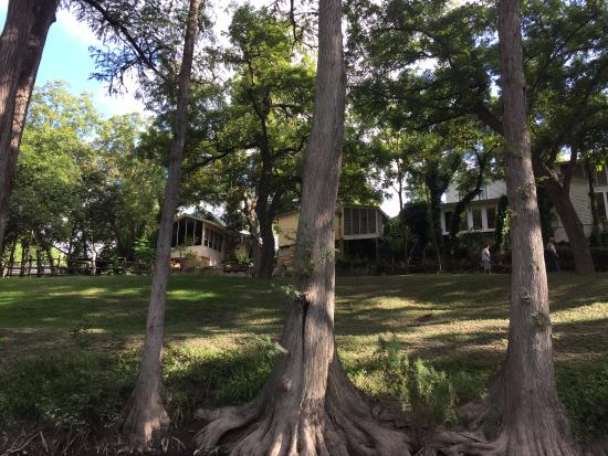 Meyer Bed and Breakfast on Cypress Creek: Rooms