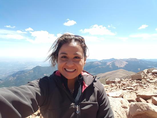 Woodland Inn Bed and Breakfast: Selfie at top of Pike's Peak. Simply Amazing!