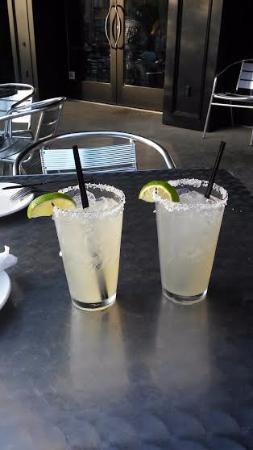 Blackstone's Pub & Grill: Thirst Quenchers