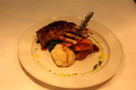 The Glenorchy Hotel: Restaurant Meals