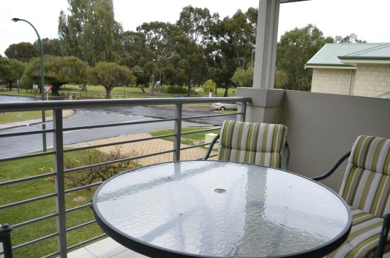 Como Bed and Breakfast: Your own private balcony with park views.