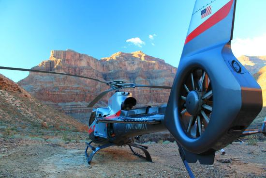 Maverick Grand Canyon Tours  Picture Of Maverick Helicopters Tusayan  Trip
