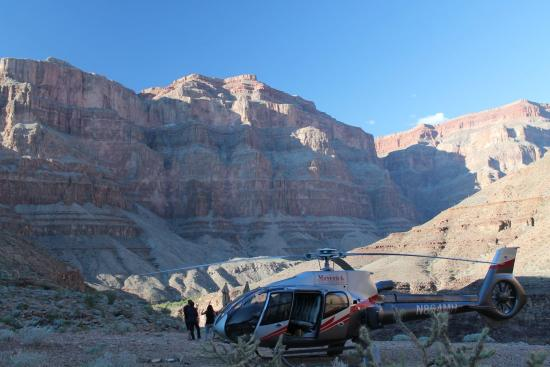 Maverick Grand Canyon Tours  Picture Of Maverick Helicopters Tusayan  Trip