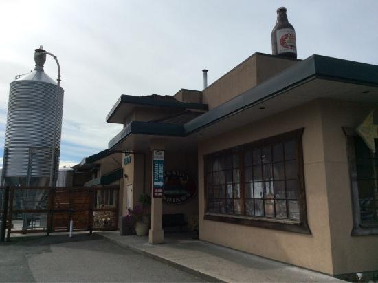 Mission Springs Brewpub & Restaurant: photo1.jpg