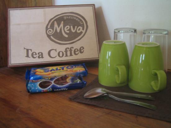 Meva Guest House: Coffee / tea service