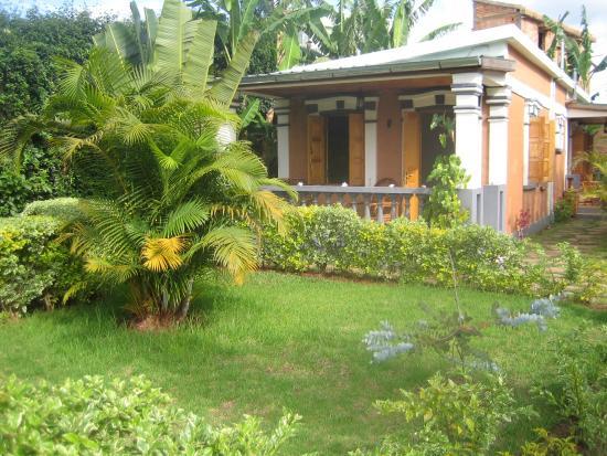 Meva Guest House: garden room