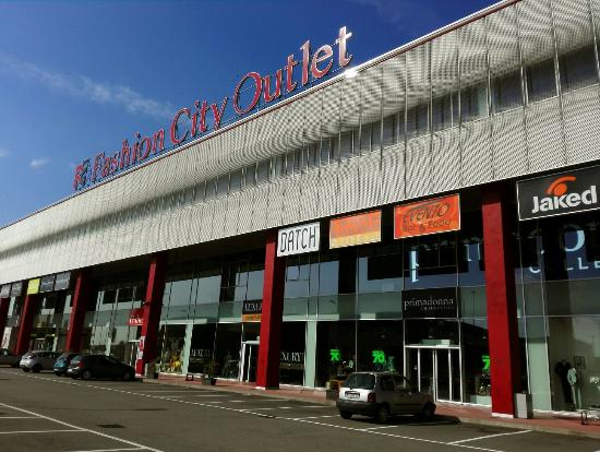 Not what we expected - Review of Fashion City Outlet, San Giuliano ...