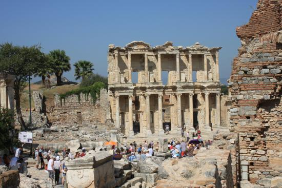Ephesus Deluxe Tours: The Celsius Library