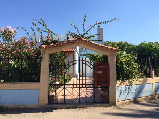 Vlycha Beach Studios Apartments: Ο μικρός μας παράδεισος!