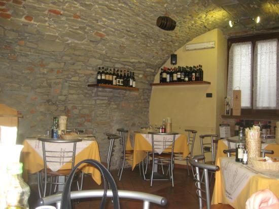 La Casa di Bacco : beautiful walls and vaulted ceiling