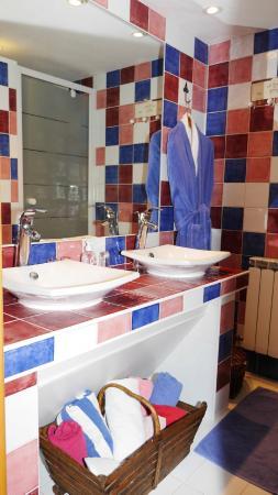 Le Relais du Grand Logis : Salle de bain Romance