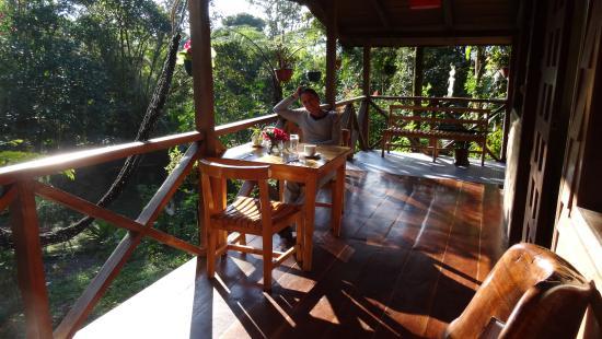 Pachijal Reserva Ecologica: La terrazzina per le colazioni