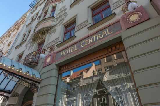 K+K Hotel Central: Entrance