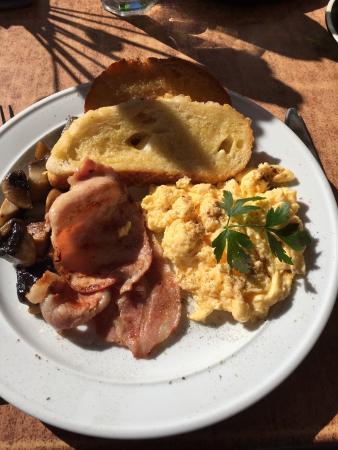 Coolum Beach, Австралия: Breakfast special