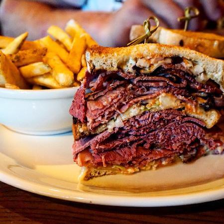 East Newark, NJ: Essen schmeckt einfach top, Bedienung sehr freundlich und schnell