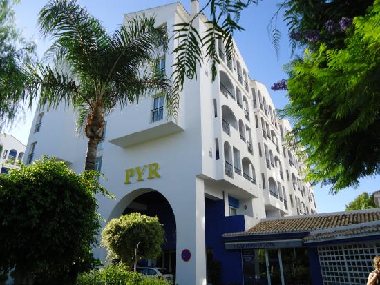 Intree hotel picture of pyr marbella hotel marbella - Hotel pyr puerto banus ...