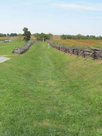 Sharpsburg, MD: Bloody Lanw at spot where USA troops fired on CSA troops