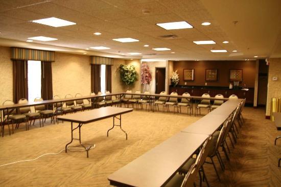 Hampton Inn Warsaw: Meeting Room