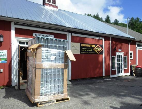 Jacksonville, VT: The arrival of our crowler cans!