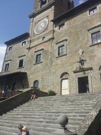 Tuscany Sailing - Day Tours: Cortona
