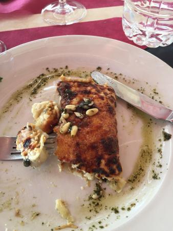 Restaurant Sal Grossa: Très bon du début à la fin, le serveur très pro et très gentil avec le sourire, paella excellent