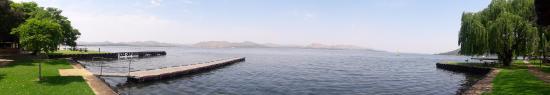 Hartbeespoort Dam: View 5