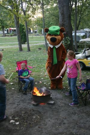 Uniontown, OH: Cooking hotdogs with Yogi Bear™