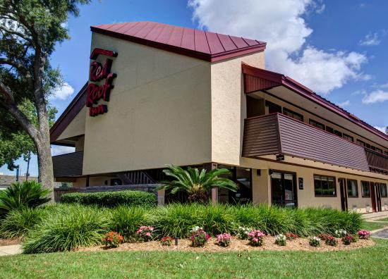 Red Roof Inn Pensacola - West Florida Hospital