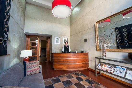 Hotel RP: Recepción