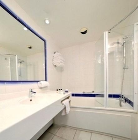 Hotel Royal Mirabeau by HappyCulture : Bathroom