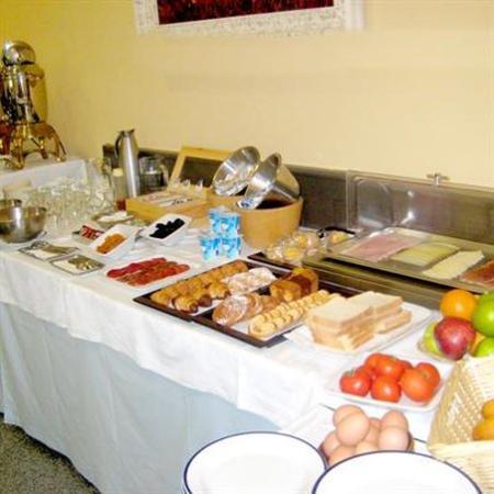 Hotel Travessera: Gastronomy
