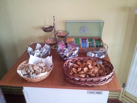 Hotel Pension Rehberge : Altro buffet