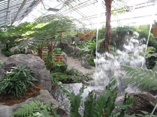garden of lights botanical graden picture of montreal botanical gardens montreal tripadvisor. Black Bedroom Furniture Sets. Home Design Ideas