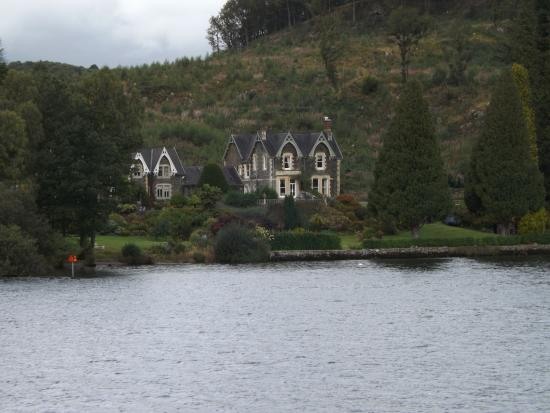 Bowness-on-Windermere, UK: views of houses along shoreline