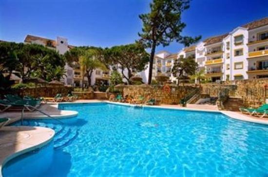Alanda Club Marbella: Exterior