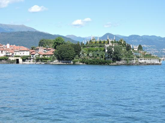 Touring Isola Bella on Lake Maggiore with Insight ... |Isola Bella Island Tour