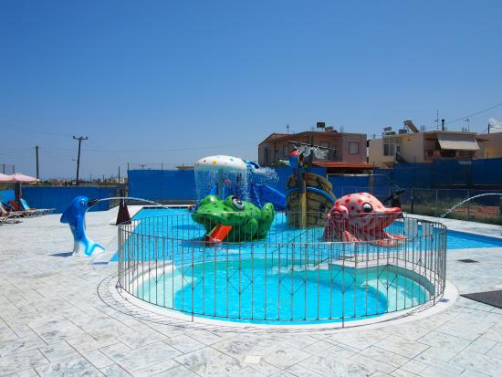 Kamisiana, Grecia: the fantastic kids' pool