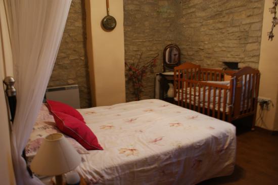 Ibero, España: Casa atostarra. Apartamento El Jardín