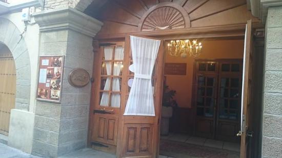 Entrada fotograf a de casa zanito olite tripadvisor - Casa zanito olite ...