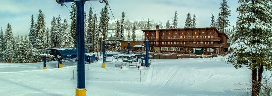 Norden, Califórnia: The Lodge at Sugar Bowl, offering slopeside ski-in/ski-out access, the Dining Room and more