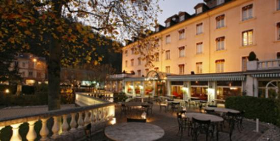 Grand hotel uriage uriage les bains france updated for Hotels uriage