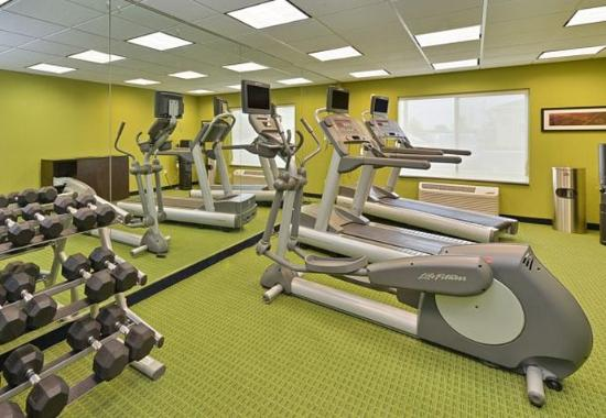 Fairfield Inn & Suites Columbus West/Hilliard: Fitness Center – Free Weights